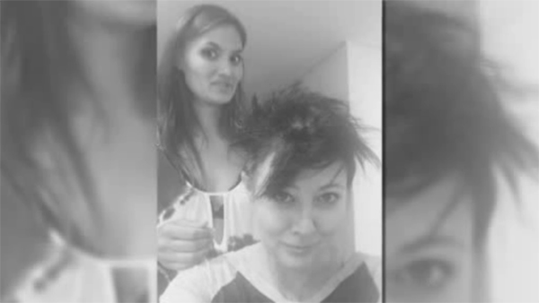 Actress Shannen Doherty shaves head while battling cancer