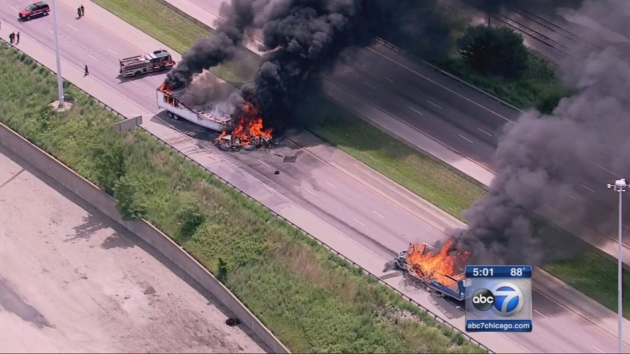 5th car found in I-55 wreckage; at least 1 dead