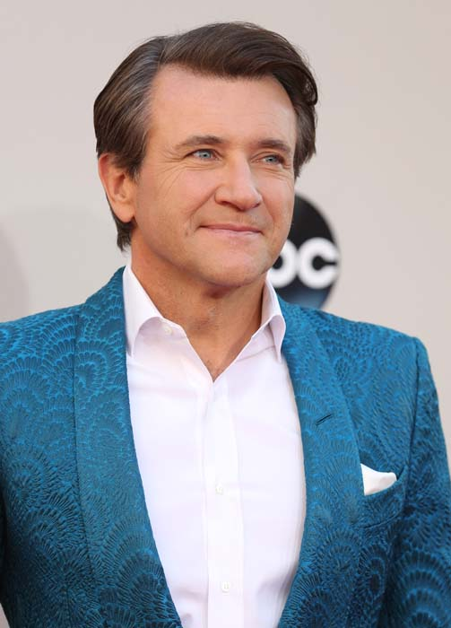 "<div class=""meta image-caption""><div class=""origin-logo origin-image ap""><span>AP</span></div><span class=""caption-text"">Robert Herjavec arrives at the 2013 American Music Awards, on Sunday, Nov. 24, 2013 in Los Angeles. (Photo by Matt Sayles/Invision/AP) (Matt Sayles/Invision/AP)</span></div>"