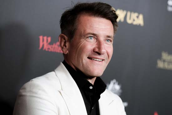"<div class=""meta image-caption""><div class=""origin-logo origin-image ap""><span>AP</span></div><span class=""caption-text"">Robert Herjavec attends the 2016 G'Day USA LA Gala held at Vibiana on Thursday, Jan. 28, 2016, in Los Angeles. (Richard Shotwell/Invision/AP)</span></div>"