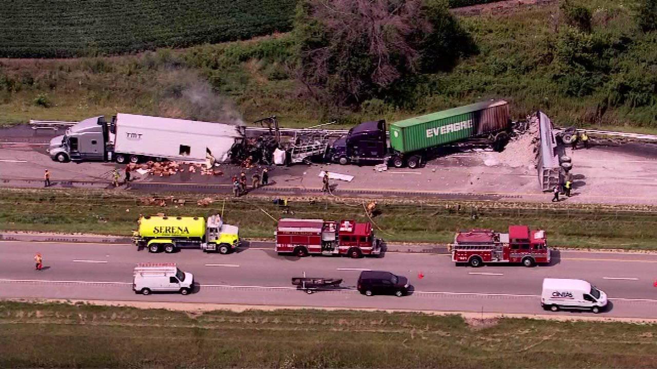 3 dead in fiery crash on I-80 near Ottawa, Ill