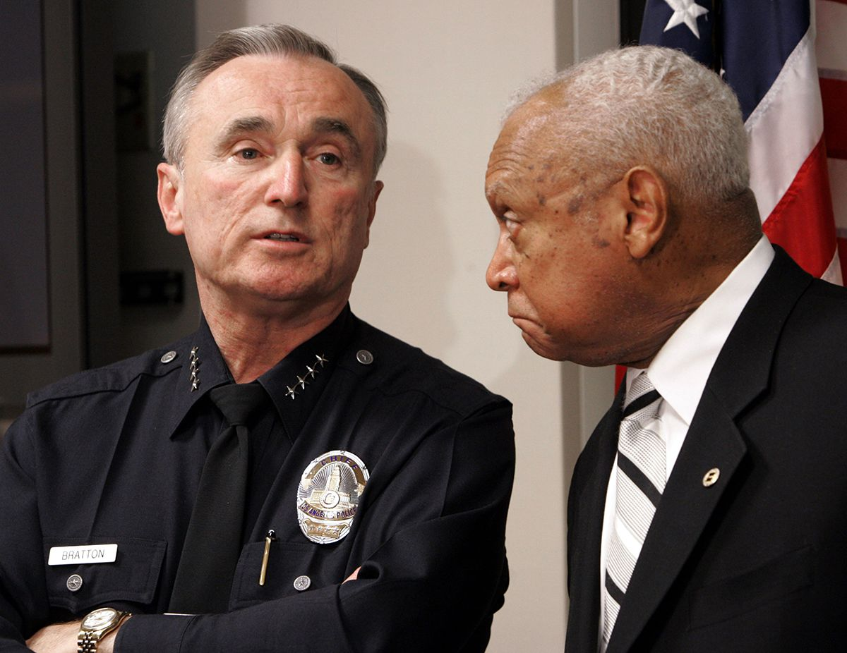 "<div class=""meta image-caption""><div class=""origin-logo origin-image ap""><span>AP</span></div><span class=""caption-text"">In this Tuesday, Jan. 31, 2006 file photo, former Los Angeles Police Chief William Bratton, left, speaks as then Los Angeles Police Commission president John Mack listens. (AP Photo/Nick Ut)</span></div>"