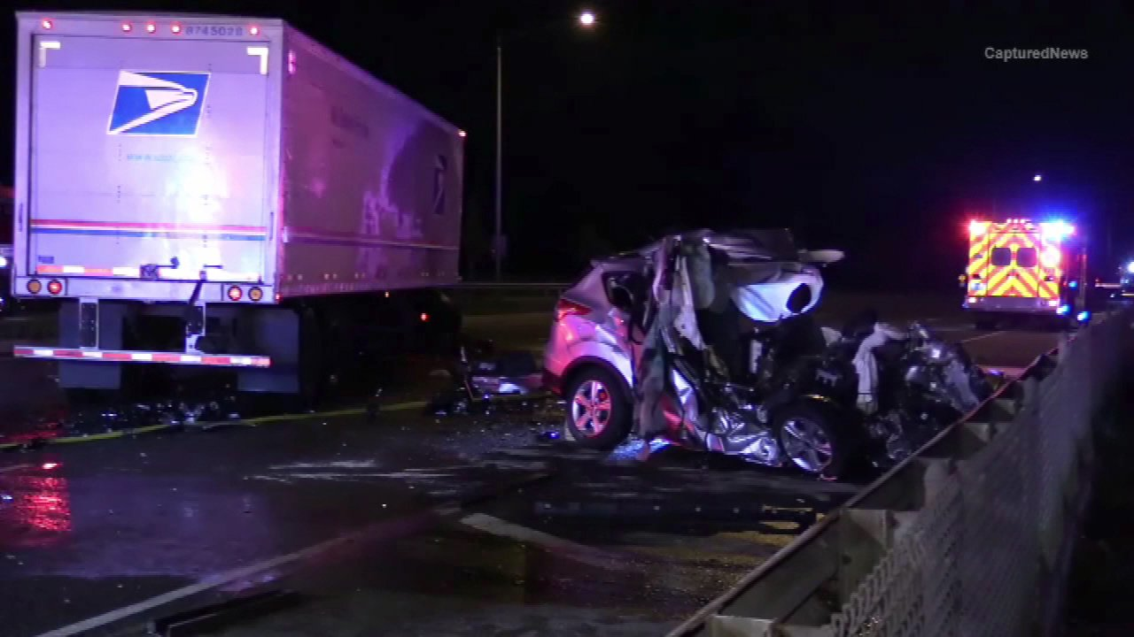 SUV mangled in wrong-way crash with mail truck on Route 83