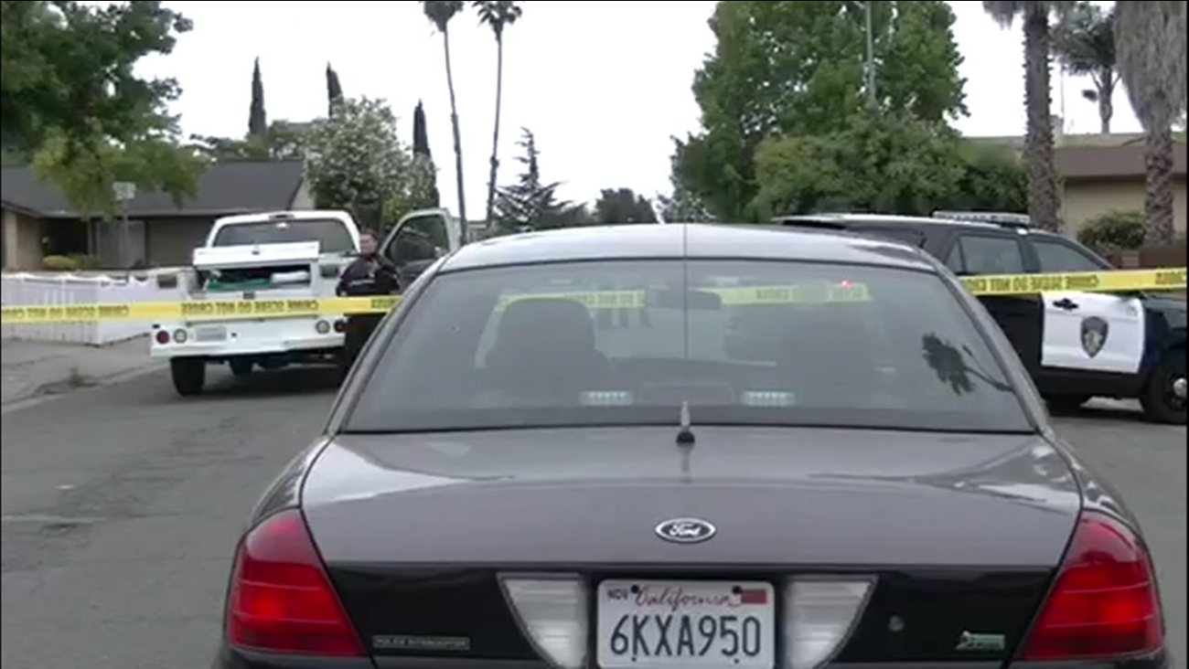 This image shows police investigating a fatal shooting in Vallejo, Calif. on August 6, 2016.