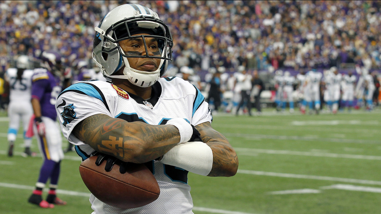 Steve Smith crosses his arms after a touchdown catch against the Minnesota Vikings during the first half of an NFL football game in Minneapolis.