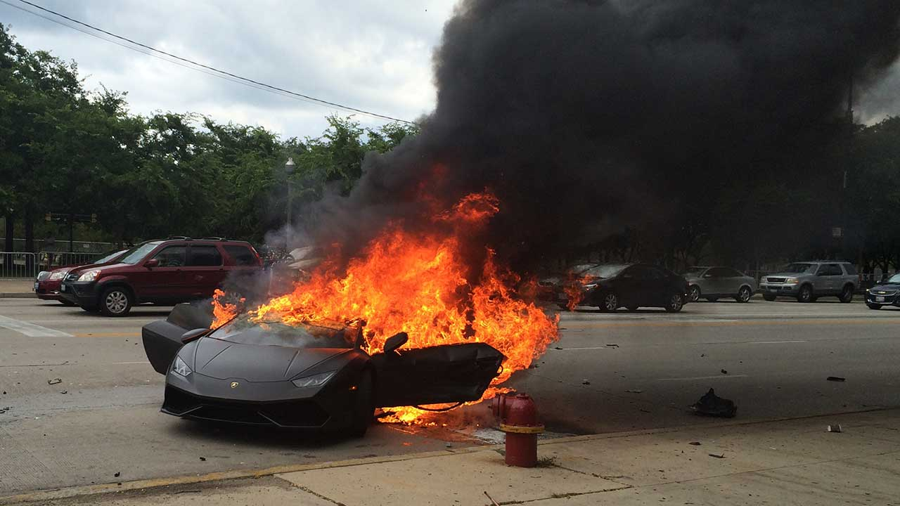 Lamborghini crashes into light pole, bursts into flames near