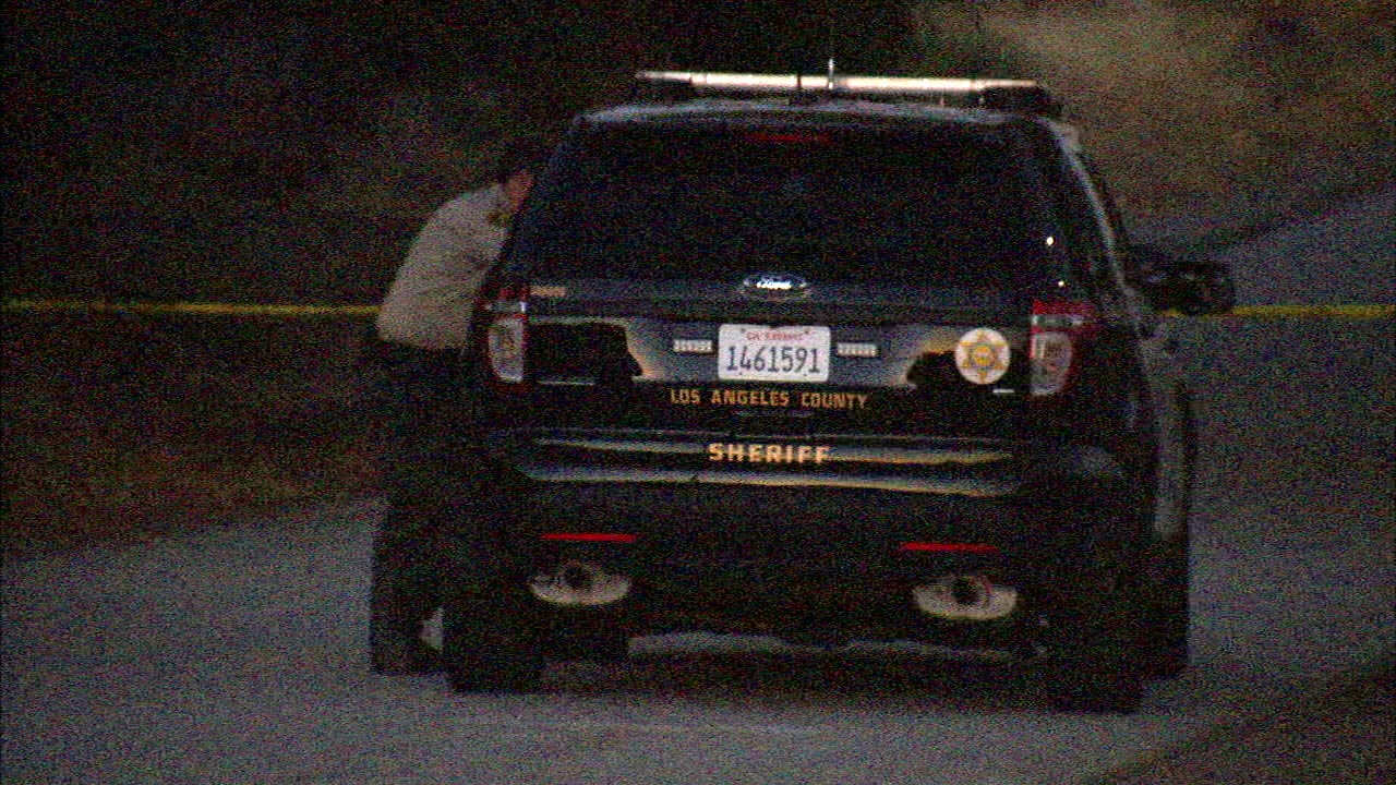 Los Angeles County sheriff's personnel responded to the unincorporated area of Lebec to investigate the death of a woman on Sunday, Aug. 14, 2016.