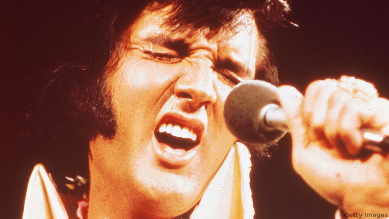 This Day in History: Elvis Presley dies in his Graceland ...