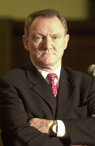 "<div class=""meta image-caption""><div class=""origin-logo origin-image none""><span>none</span></div><span class=""caption-text"">Philadelphia Police Commisioner John Timoney listens to a reporter during a news conference Wednesday, Feb. 28, 2001, in Philadelphia. (ASSOCIATED PRESS)</span></div>"