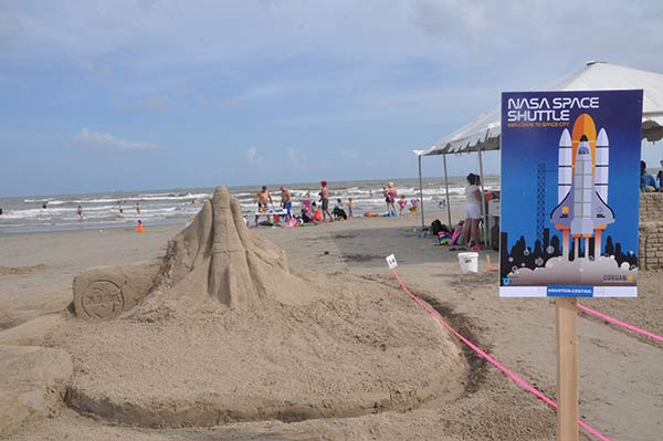 "<div class=""meta image-caption""><div class=""origin-logo origin-image none""><span>none</span></div><span class=""caption-text"">The 30th Annual AIA Sandcastle event held Saturday, August 20, 2016 on East Beach in Galveston TX.</span></div>"