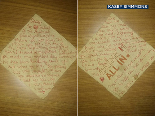 Waiter Kasey Simmons received a $500 tip along with this note while working at an Applebee's in Little Elm, Texas.
