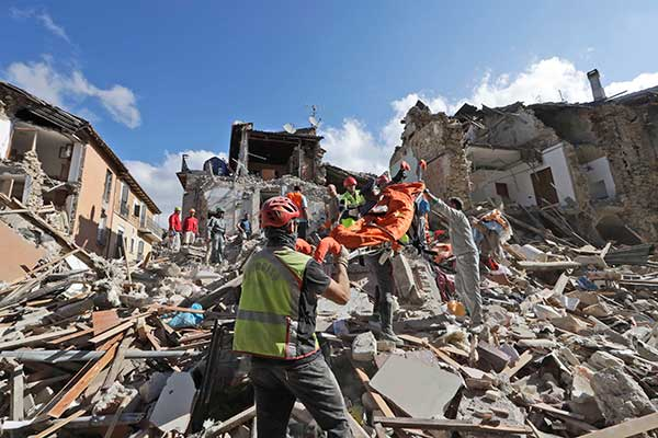 "<div class=""meta image-caption""><div class=""origin-logo origin-image none""><span>none</span></div><span class=""caption-text"">Rescuers search for survivors under the rubble of the town of Amatrice, central Italy, Wednesday, Aug. 24, 2016. (Alessandra Tarantino/AP Photo)</span></div>"