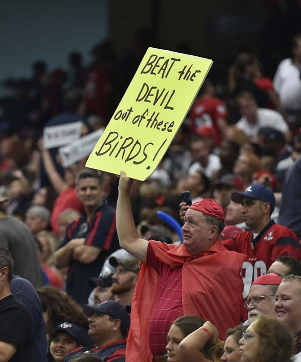 "<div class=""meta image-caption""><div class=""origin-logo origin-image none""><span>none</span></div><span class=""caption-text"">Houston Texans fans during the second half of an NFL preseason football game against the Arizona Cardinals, Sunday, Aug. 28, 2016, in Houston. (AP Photo/Eric Christian Smith) (AP)</span></div>"