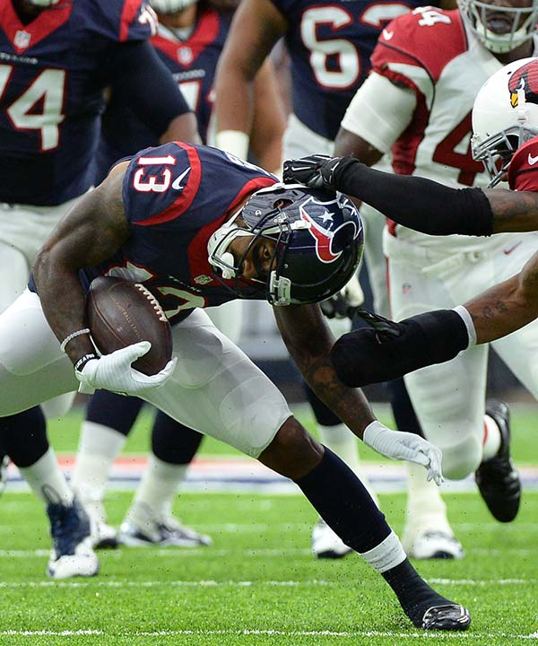 "<div class=""meta image-caption""><div class=""origin-logo origin-image none""><span>none</span></div><span class=""caption-text"">Houston Texans wide receiver Braxton Miller (13) is grabbed by Arizona Cardinals defensive back Mike Jenkins (43) during the first half  (AP Photo/George Bridges) (AP)</span></div>"