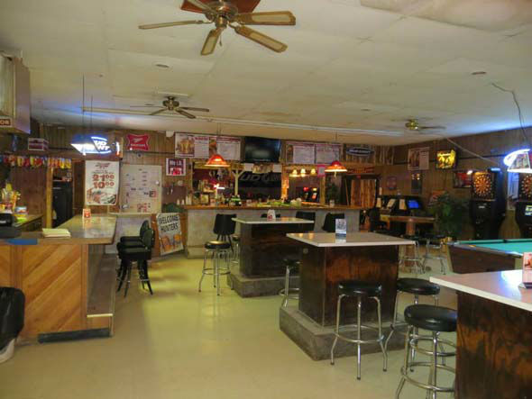 "<div class=""meta image-caption""><div class=""origin-logo origin-image ""><span></span></div><span class=""caption-text"">Own your own South Dakota town, complete with a  bar, for just $399,000!  Set in the beautiful prairie on Highway 18 is the town of Swett and it's up for sale. (Photo/Realtor Stacie Montgomery)</span></div>"