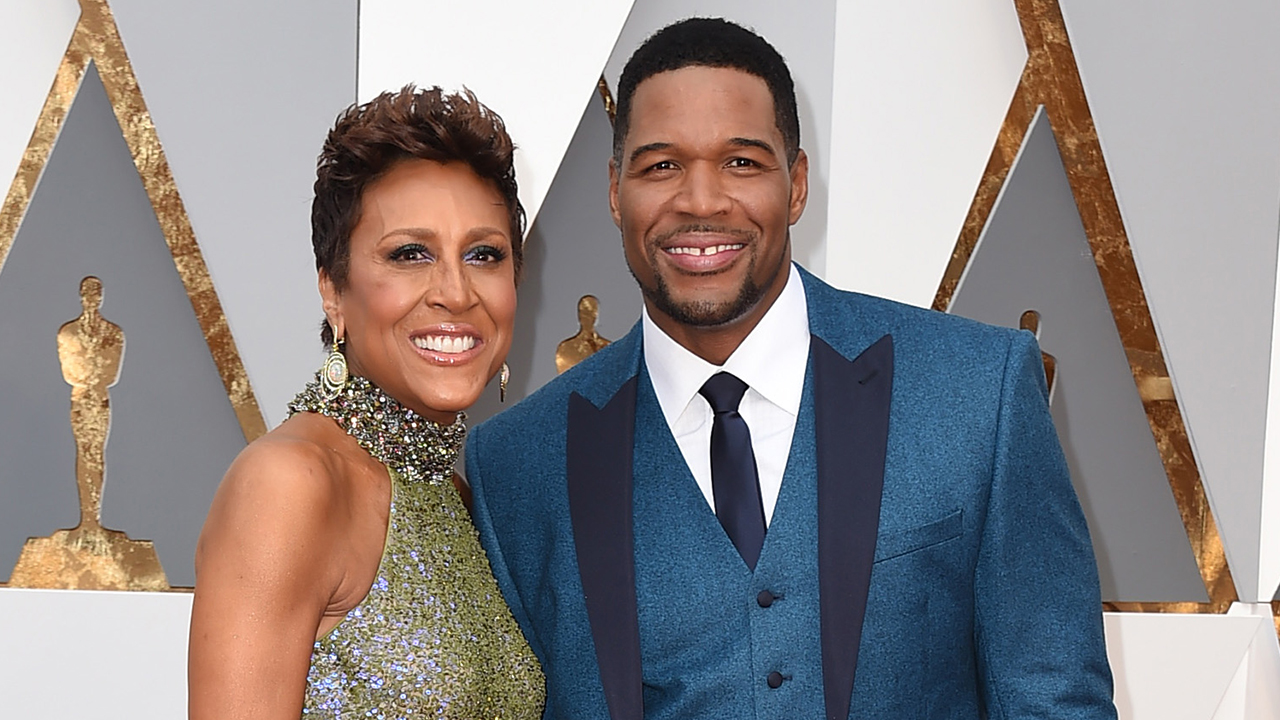 Image of Robin Roberts and Michael Strahan at the Oscars.