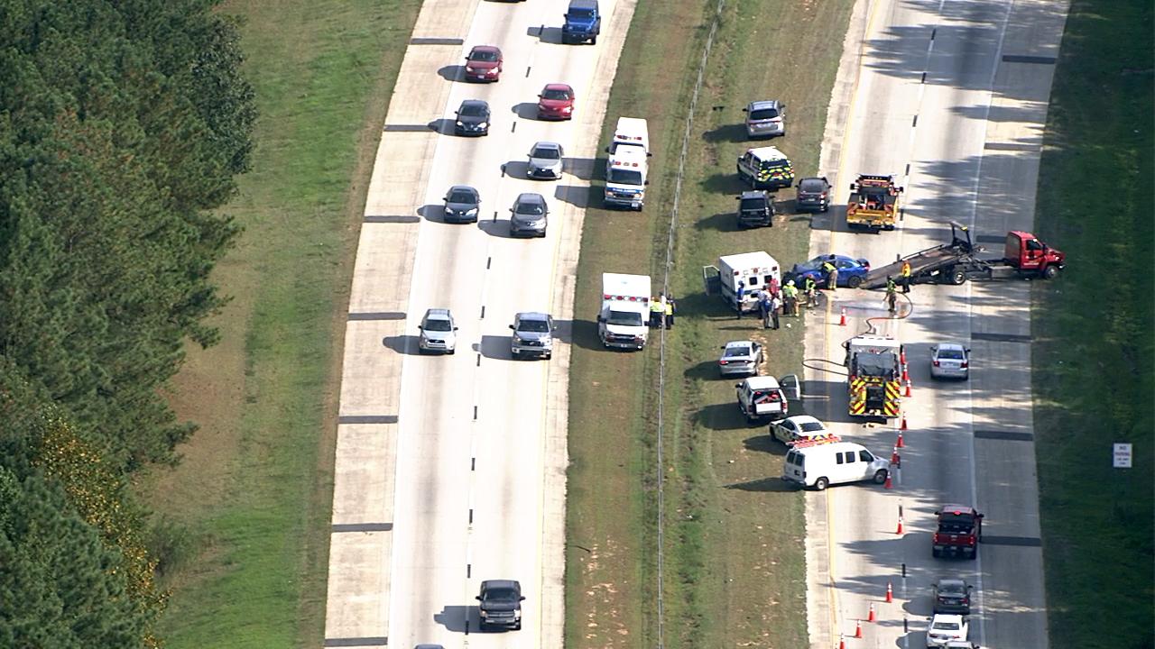 All lanes closed on I-40 near Garner