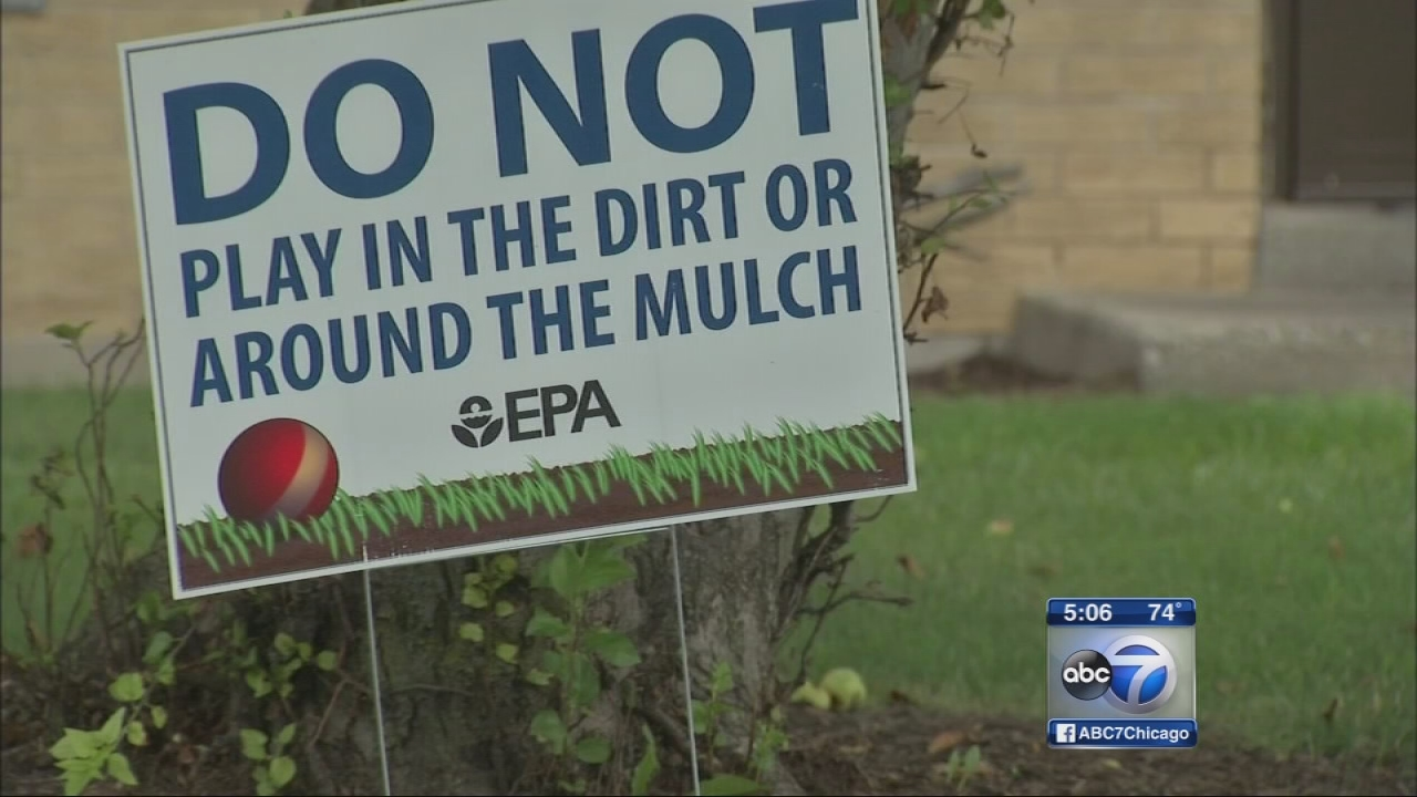 EPA cleaning East Chicago homes as families search for new housing