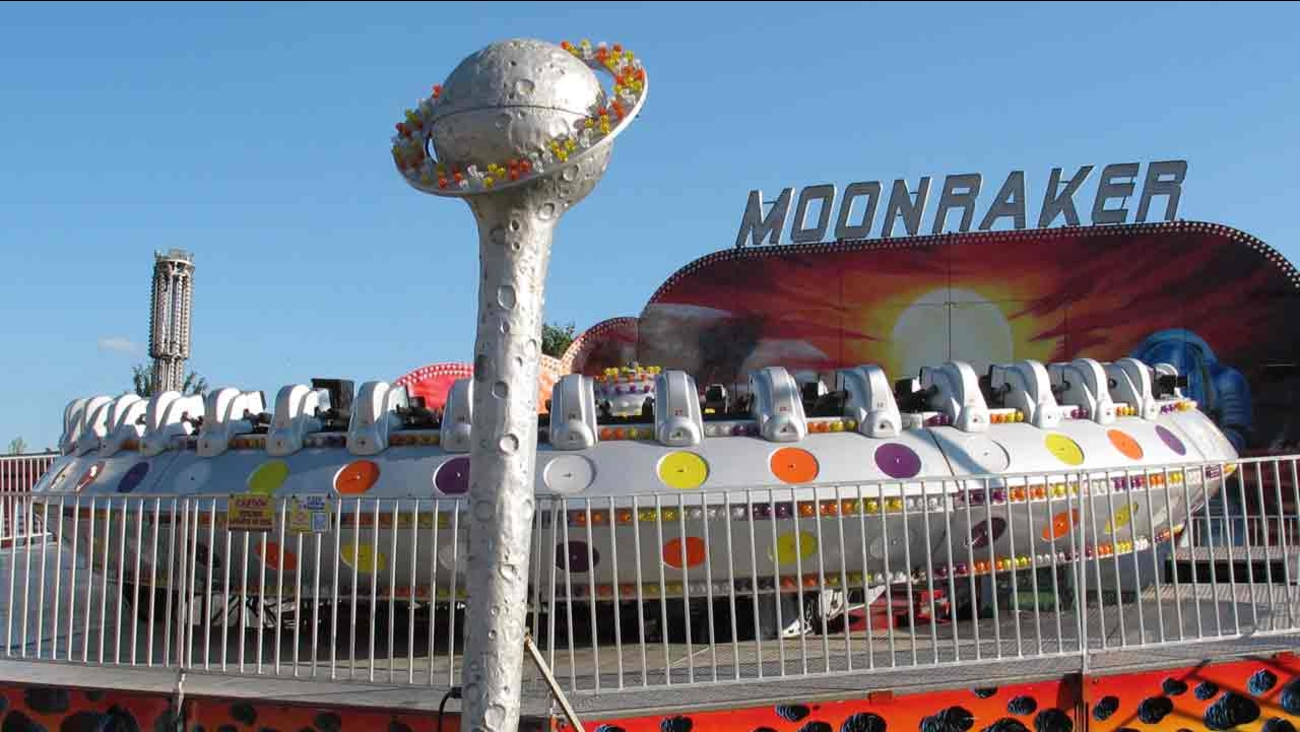 The Moonraker ride sits idle after several riders were taken to hospitals after it shut down at the Delta Fair in Memphis, Tenn., on Saturday, Sept. 3, 2016.