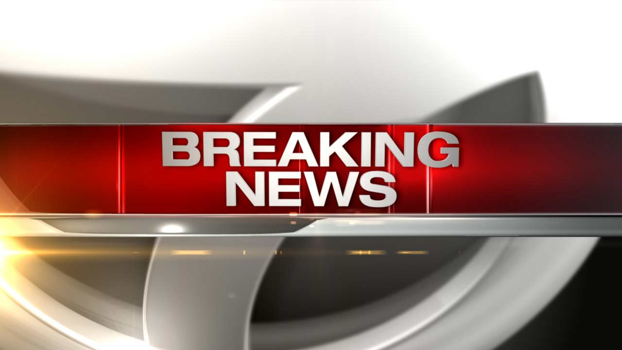 Dan Ryan partially closed; woman shot multiple times