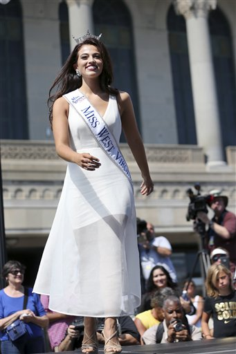 """<div class=""""meta image-caption""""><div class=""""origin-logo origin-image none""""><span>none</span></div><span class=""""caption-text"""">Miss West Virginia, Morgan Breeden is introduced during Miss America Pageant arrival ceremonies Tuesday, Aug. 30, 2016, in Atlantic City. (AP)</span></div>"""