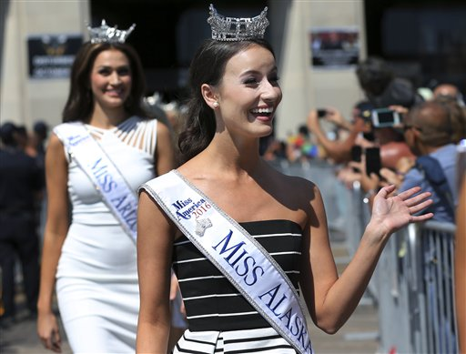 "<div class=""meta image-caption""><div class=""origin-logo origin-image none""><span>none</span></div><span class=""caption-text"">Miss Alaska, Kendall Bautista waves during Miss America Pageant arrival ceremonies Tuesday, Aug. 30, 2016, in Atlantic City. (AP)</span></div>"