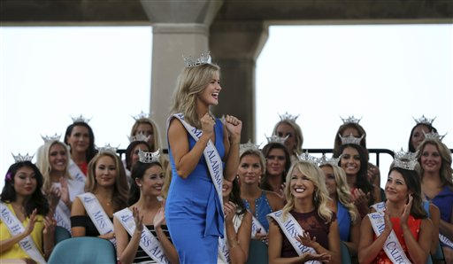 "<div class=""meta image-caption""><div class=""origin-logo origin-image none""><span>none</span></div><span class=""caption-text"">Miss Alabama, Hayley Barber reacts during Miss America Pageant arrival ceremonies Tuesday, Aug. 30, 2016, in Atlantic City. (AP)</span></div>"