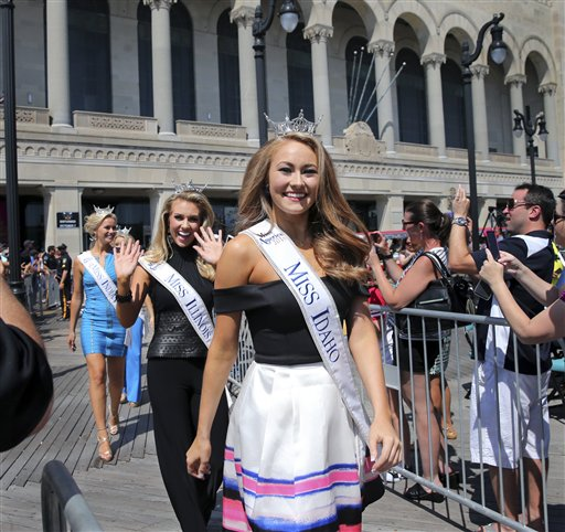 "<div class=""meta image-caption""><div class=""origin-logo origin-image none""><span>none</span></div><span class=""caption-text"">Miss Idaho, Kylee Solberg is introduced during Miss America Pageant arrival ceremonies Tuesday, Aug. 30, 2016, in Atlantic City (AP)</span></div>"