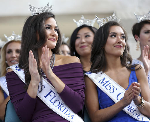 """<div class=""""meta image-caption""""><div class=""""origin-logo origin-image none""""><span>none</span></div><span class=""""caption-text"""">Contestants Miss Florida, Courtney Sexton and Miss Georgia, Patricia Fordwatch Tuesday, Aug. 30, 2016, in Atlantic City. (AP)</span></div>"""