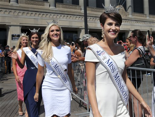 "<div class=""meta image-caption""><div class=""origin-logo origin-image none""><span>none</span></div><span class=""caption-text"">Miss Minnesota, Madeline Van Ert is introduced during Miss America Pageant arrival ceremonies Tuesday, Aug. 30, 2016, in Atlantic City. (AP)</span></div>"