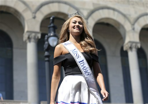 "<div class=""meta image-caption""><div class=""origin-logo origin-image none""><span>none</span></div><span class=""caption-text"">Miss Idaho, Kylee Solberg is introduced during Miss America Pageant arrival ceremonies Tuesday, Aug. 30, 2016, in Atlantic City. (AP)</span></div>"