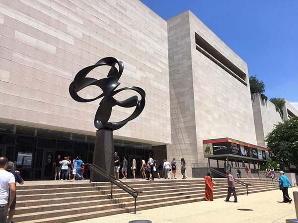 <div class='meta'><div class='origin-logo' data-origin='none'></div><span class='caption-text' data-credit=''>No. 5: The Smithsonian National Air and Space Museum in Washington, D.C.</span></div>