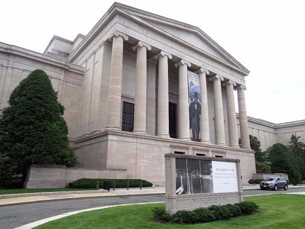 <div class='meta'><div class='origin-logo' data-origin='none'></div><span class='caption-text' data-credit=''>The National Gallery of Art in Washington, D.C.</span></div>