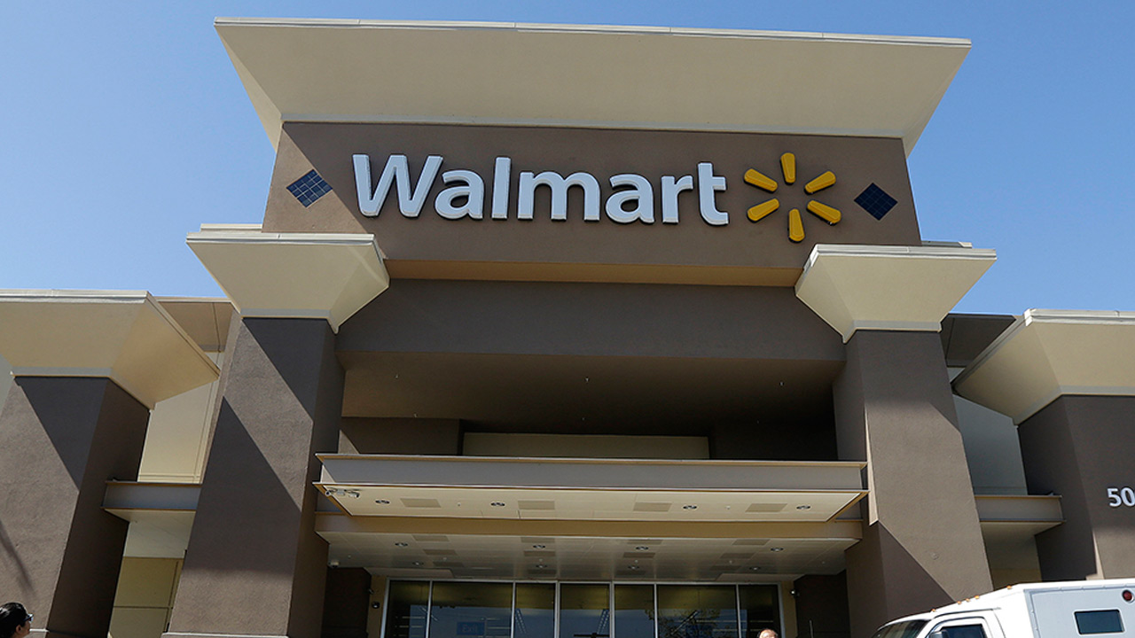 Thinking of Christmas before Labor Day? Walmart holiday layaway plan ...