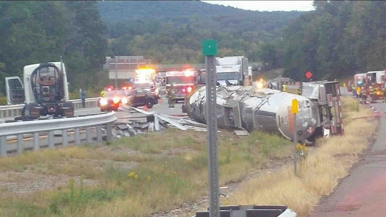Overturned tractor-trailer on northbound New York State