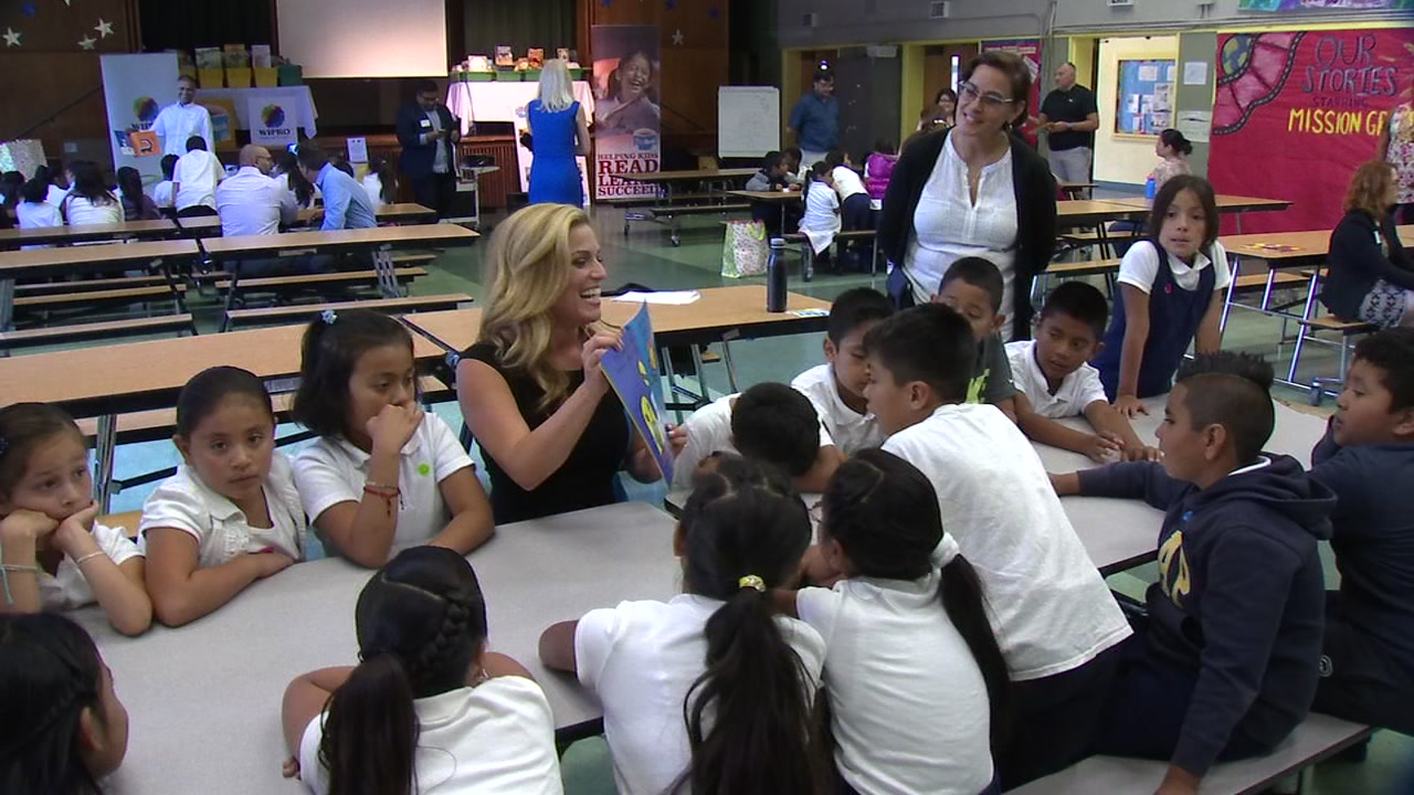 ABC7 Traffic Report Alexis Smith reads to students at SFUSD's Bryant Elementary School in San Francisco on Tuesday, September 27, 2016.
