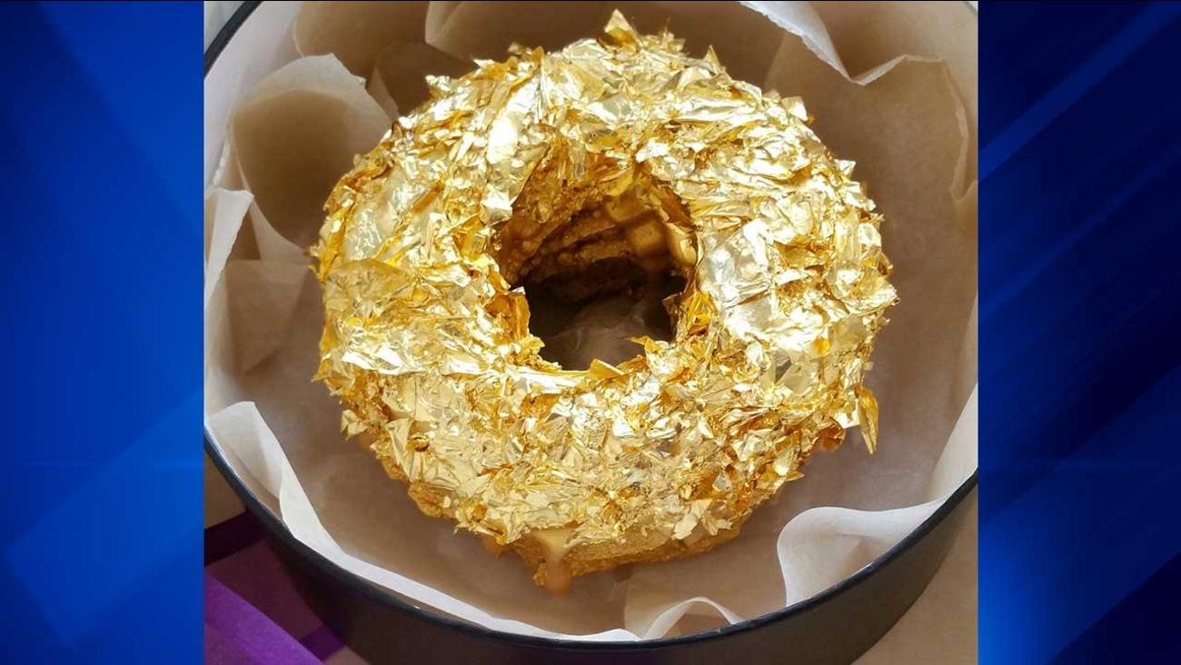 Cristal Golden Ube Donut