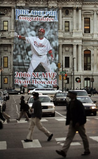 "<div class=""meta image-caption""><div class=""origin-logo origin-image ap""><span>AP</span></div><span class=""caption-text"">A banner honoring Philadelphia Phillies' Ryan Howard is seen on City Hall in Philadelphia, Tuesday, Nov. 21, 2006. (AP Photo/Matt Rourke)</span></div>"