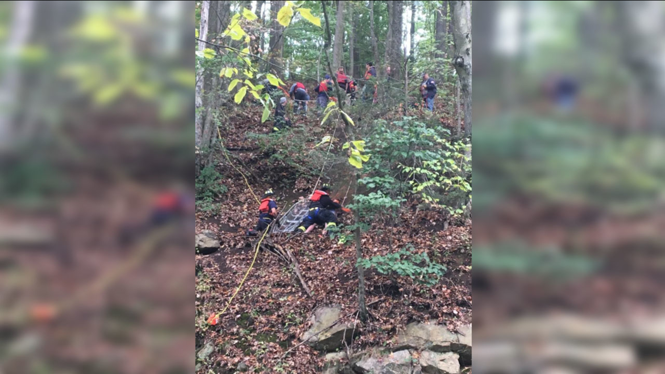 Boy calls 911 after falling down side of Boonton, New Jersey cliff