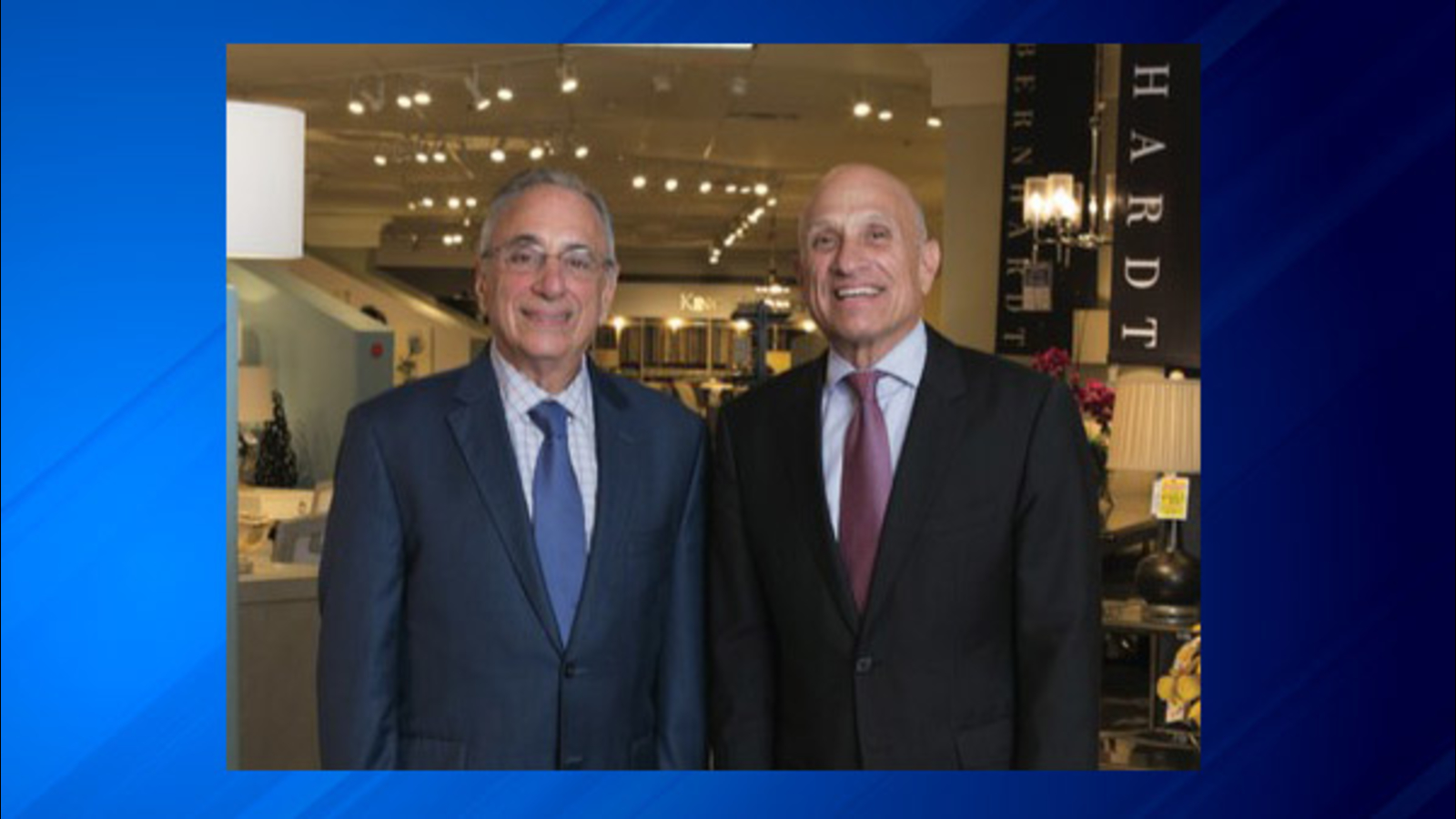Darvin Furniture Named Retailer Of The Year By Illinois Retail Merchants Association Abc7 Chicago