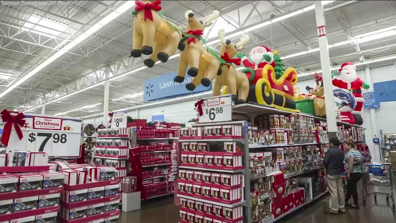 An image of a Walmart holiday display.