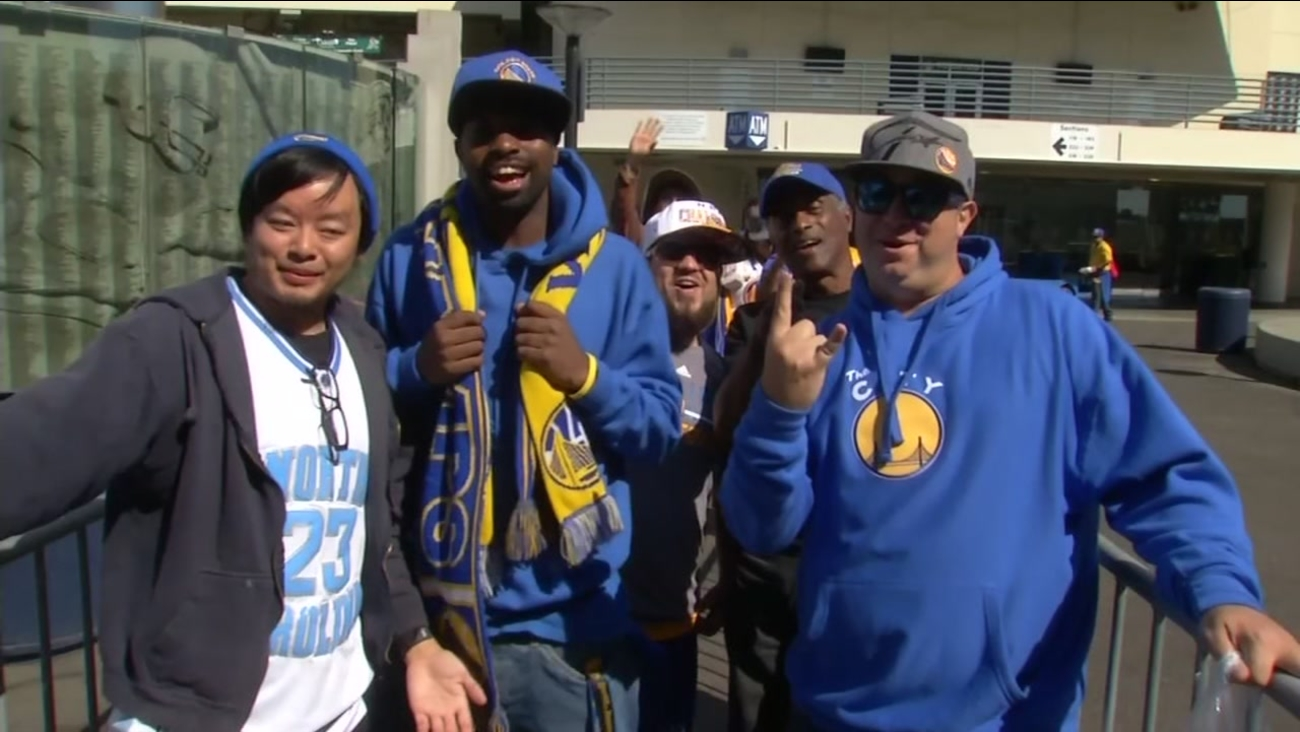 Warriors fans are seen queuing outside Oracle Arena in Oakland before Kevin Durant's first preseason game at home on Oct. 4, 2016.