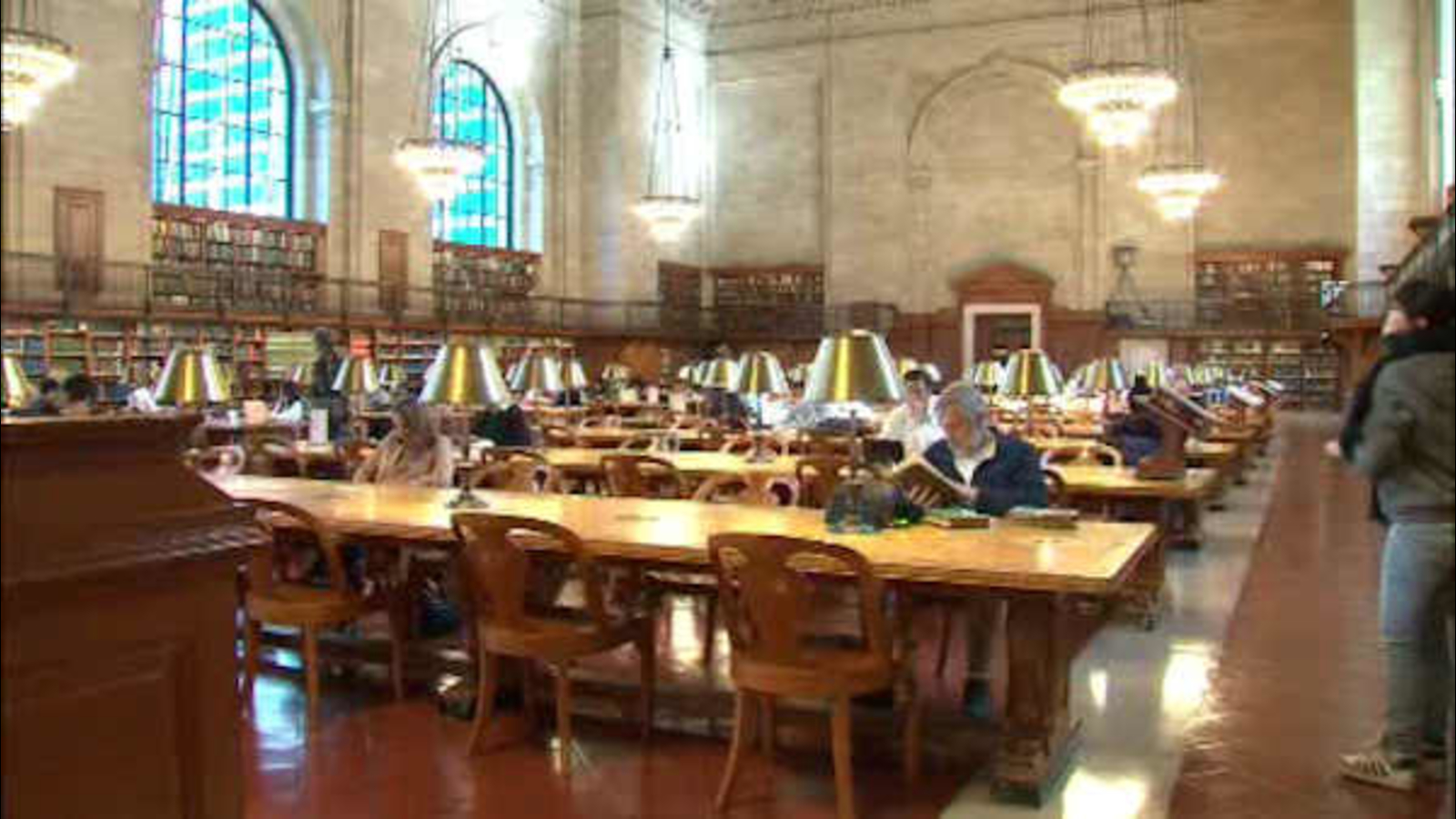 Iconic Reading Room At New York Public Library Reopens After Renovation Abc7 New York Mayor bill de blasio gave weinshall and schumer an. abc7ny