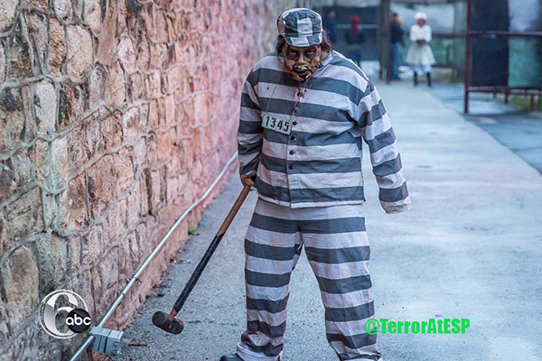 "<div class=""meta image-caption""><div class=""origin-logo origin-image none""><span>none</span></div><span class=""caption-text"">6abc.com was allowed behind the cell doors to get a look at the preparations for 'Terror Behind the Walls' at Eastern State Penitentiary.</span></div>"
