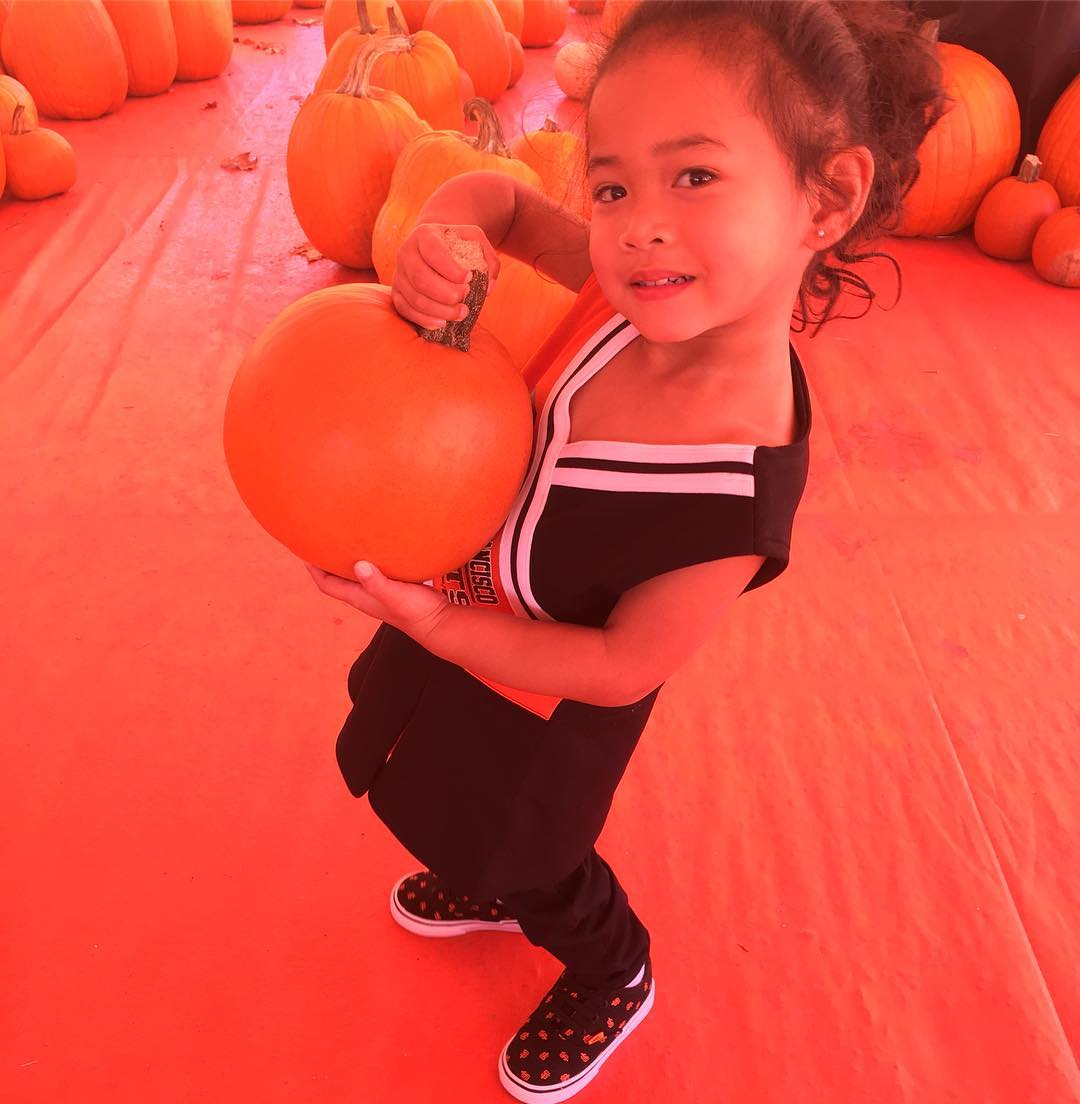 """<div class=""""meta image-caption""""><div class=""""origin-logo origin-image none""""><span>none</span></div><span class=""""caption-text"""">ABC7 viewers are showing off their San Francisco Giants fan pride. Share yours by tagging them #abc7now! (Photo submitted to KGO-TV by @djordanticzon/Instagram)</span></div>"""