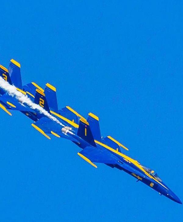 "<div class=""meta image-caption""><div class=""origin-logo origin-image none""><span>none</span></div><span class=""caption-text"">The Blue Angels are seen flying over San Francisco, Calif. on Sunday, October 9, 2016. (Photo submitted by @pallavvyas/Instagram)</span></div>"