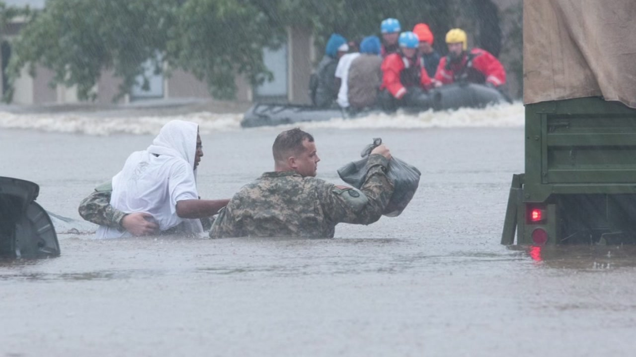Photos and video from Hurricane Matthew