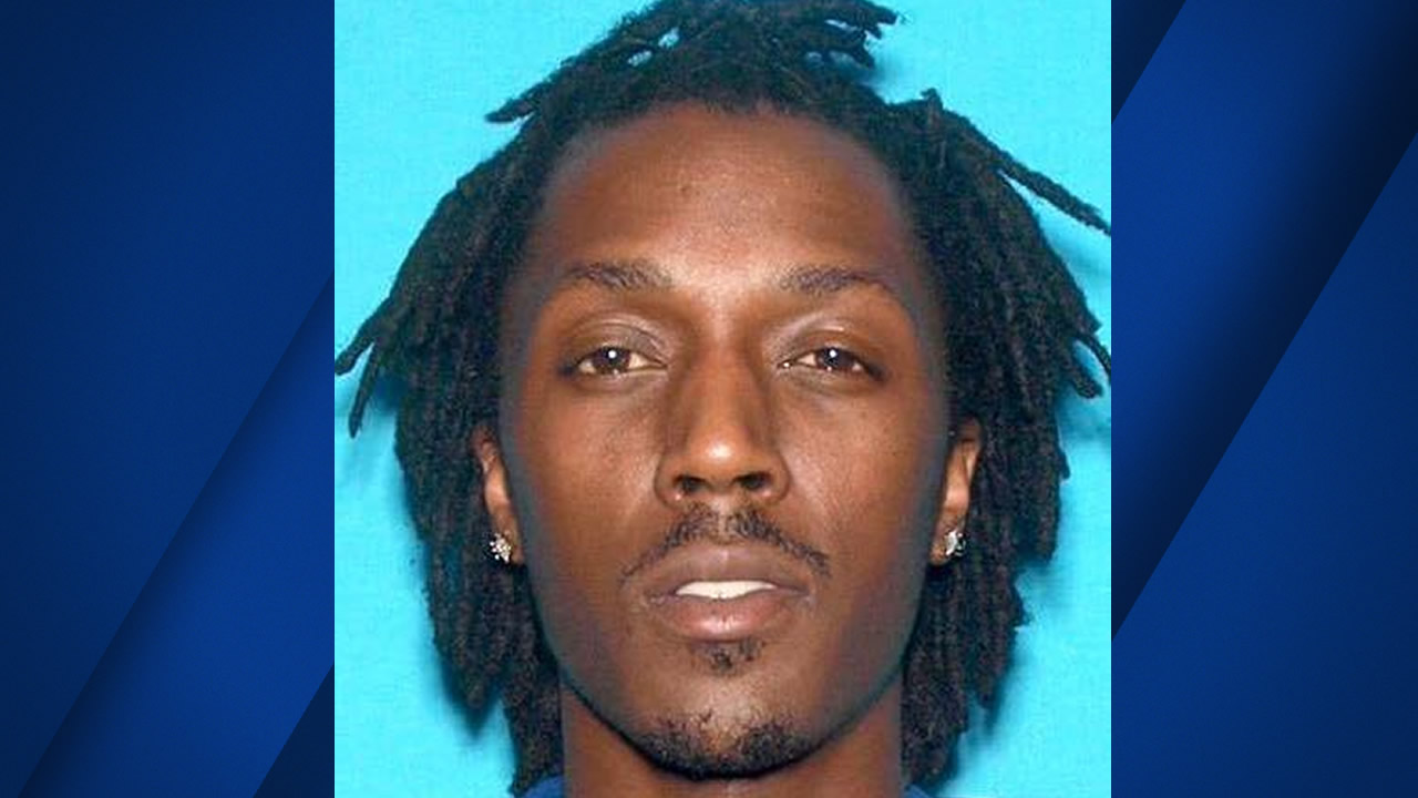 On Thursday, Oct. 13, 2016 police in Stockton, Calif. named 31-year-old Donte Revels as a person of interest in the death of his 2-year-old son.