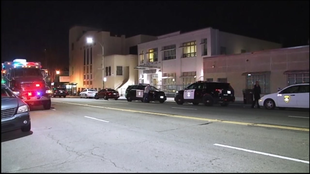 Oakland police investigate after a man died when a pipe bomb he was holding exploded in an Oakland health clinic on Oct. 18, 2016.