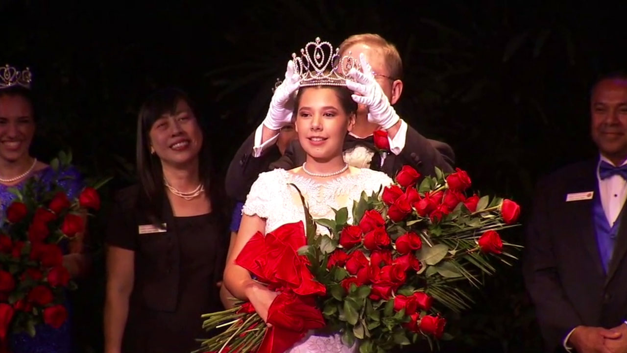 Victoria Castellanos, a Temple City High Schools senior, is crowned as the 2017 Rose Queen in Pasadena on Thursday, Oct. 20, 2016.